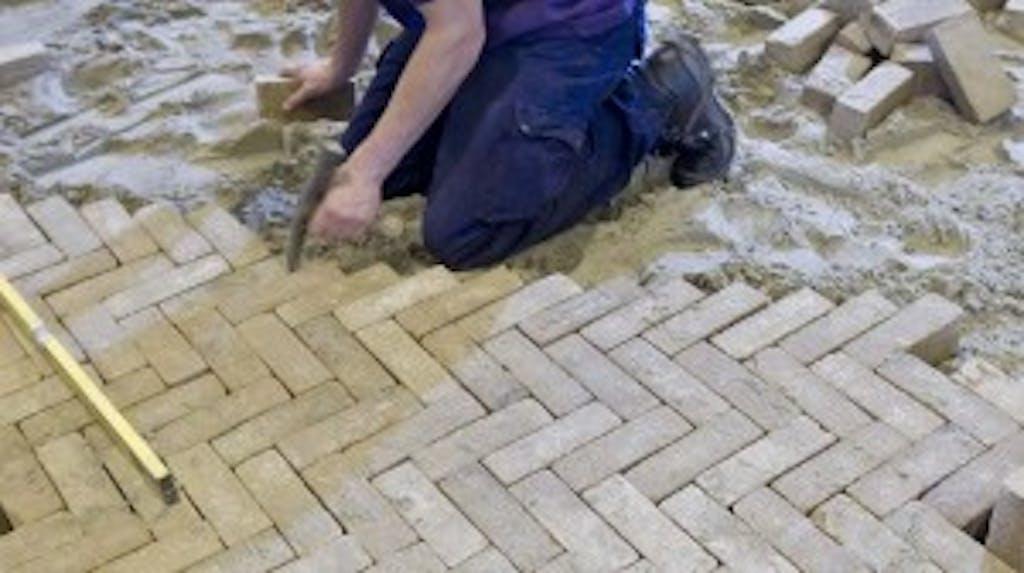 Tuin Bestraten Kosten : Bestrating prijzen berekenen per m2? stratenmakers gigant.nl